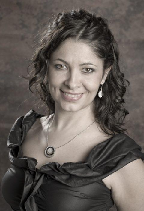 Laura Vila