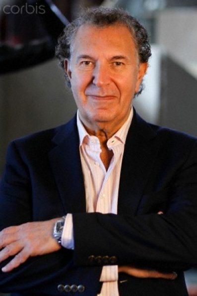 Opera Tampa artistic director and conductor Daniel Lipton