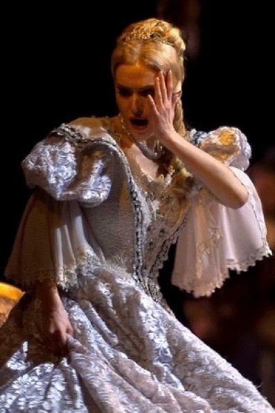 Natalya Kraevsky 3 vert